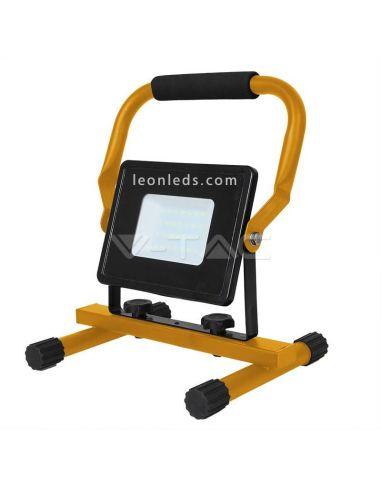 Proyector LED Portatil 30W con 3 metrosd de cable de color amarillo y negro de vtac | LeonLeds Iluminación