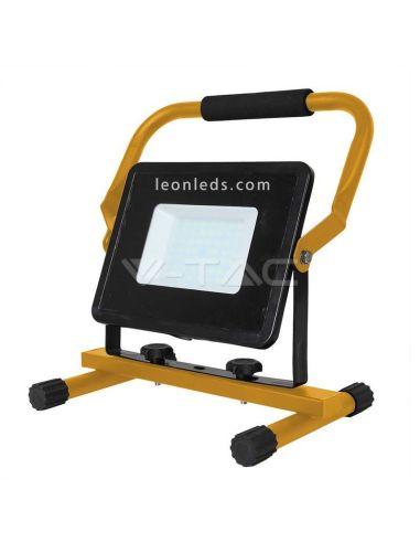 Proyector LED portatil 50W con 3 metros de cable amarillo y negro ligero 5930 | LeonLeds Iluminación