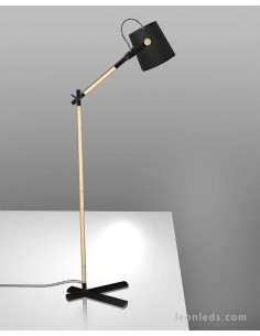 Lámpara de Pie para el salón de estilo nordico de mantra 4921 Negro y madera barata | LeonLeds Iluminación