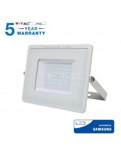 Proyector Led 100W Blanco con luz fría 6400K de Vtac Pro al mejor precio | Leonleds