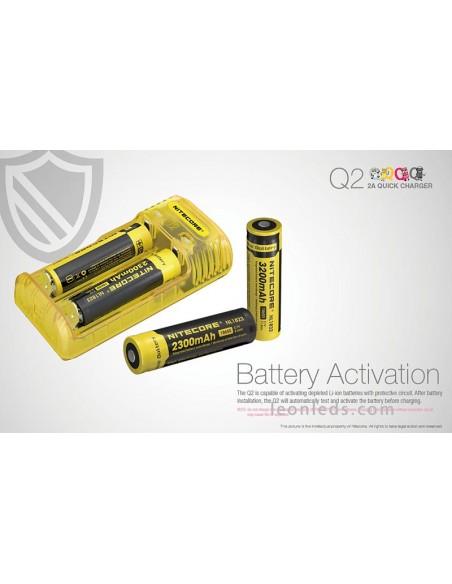 Cargador de baterías Nitocore Q2 para adaptador de coche | Cargador Amarillo Nitecore Q2 | LeonLeds Iluminación