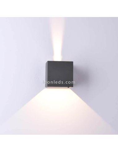 Aplique LED exterior cuadrado de la serie Davos de Mantra 6520 6521| LeonLeds Apliques LED exterior