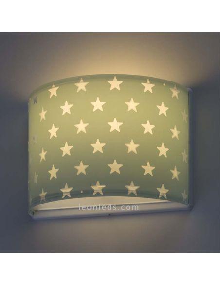 Aplique infantil Stars de Dalber decorado con estrellas  de color verde | LeonLeds