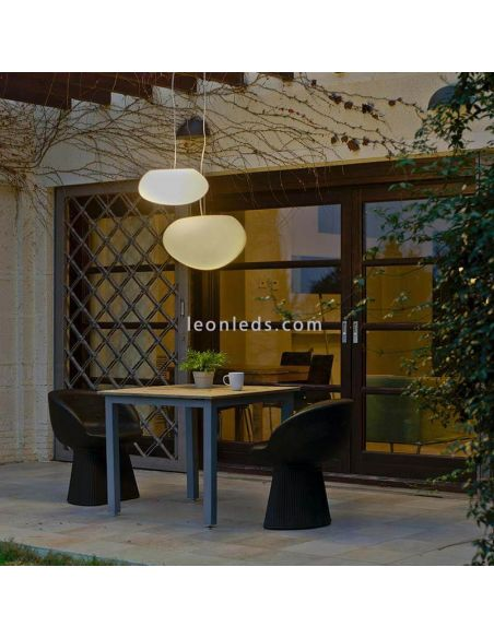 Lámpara colgante exterior ovalada Petra 40Cm foto de ambiente New Garden | LeónLeds Iluminación