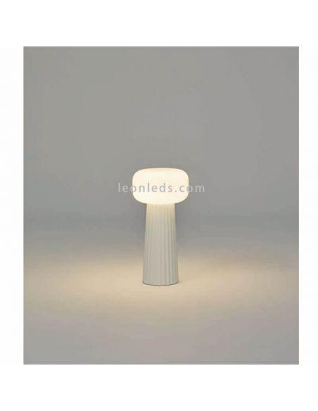 Lámpara de sobremesa para ambientes de interior blanco serie Faro Mantra Iluminación   LeónLeds Iluminación